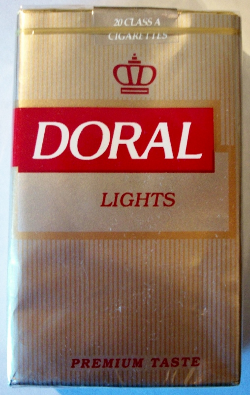 Doral Lights, Premium Taste, King Size - vintage American Cigarette Pack