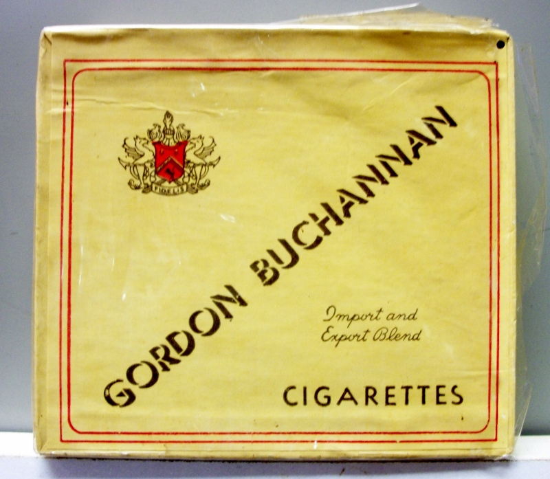 Gordon Buchannan box 1945 - vintage WWII era Cigarette Pack