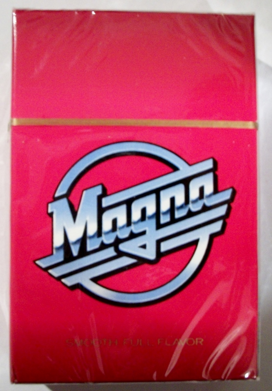 Magna Full Flavor, King Size box - vintage American Cigarette Pack