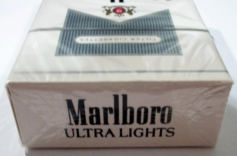 marlboro ultra lights filter king size box � vintage