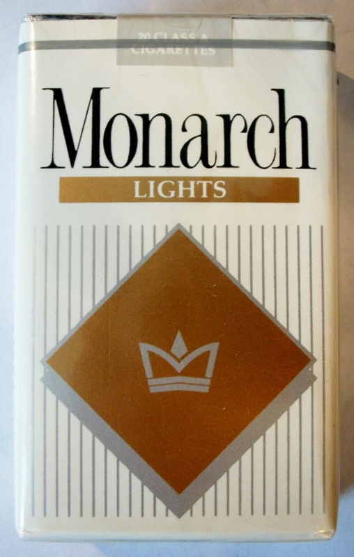 Monarch Lights king size - vintage American Cigarette Pack
