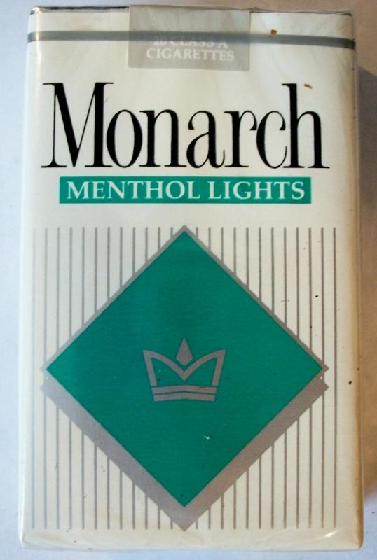 Monarch Menthol Lights king size - vintage American Cigarette Pack