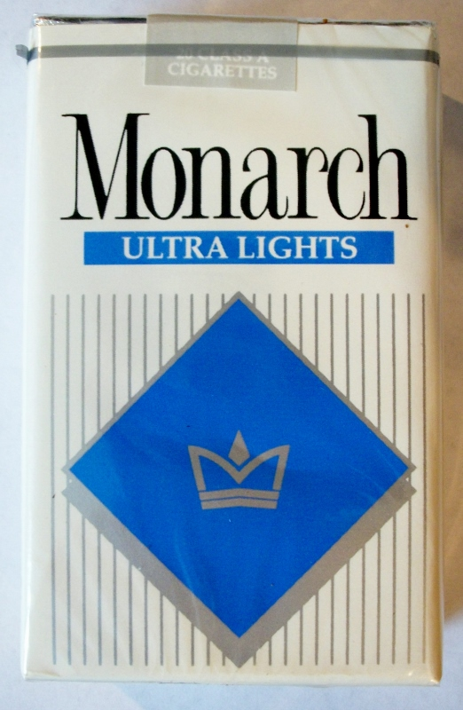 Monarch Ultra Lights king size - vintage American Cigarette Pack