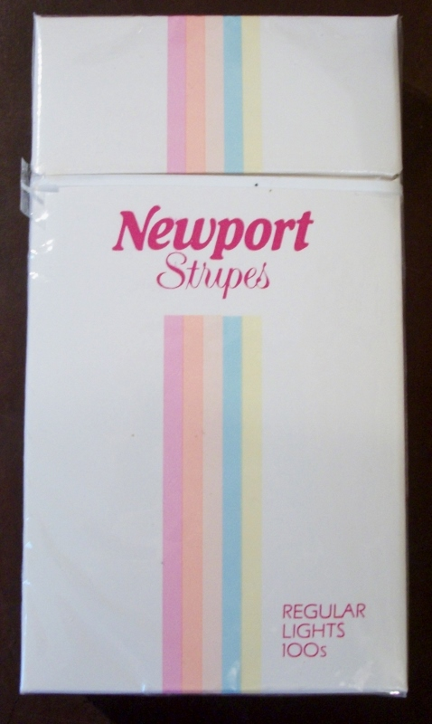 Newport Stripes Regular Lights 100's - vintage American Cigarette Pack