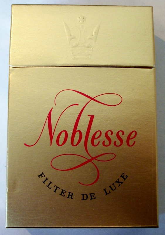 Noblesse Filter De Luxe box - vintage American Cigarette Pack