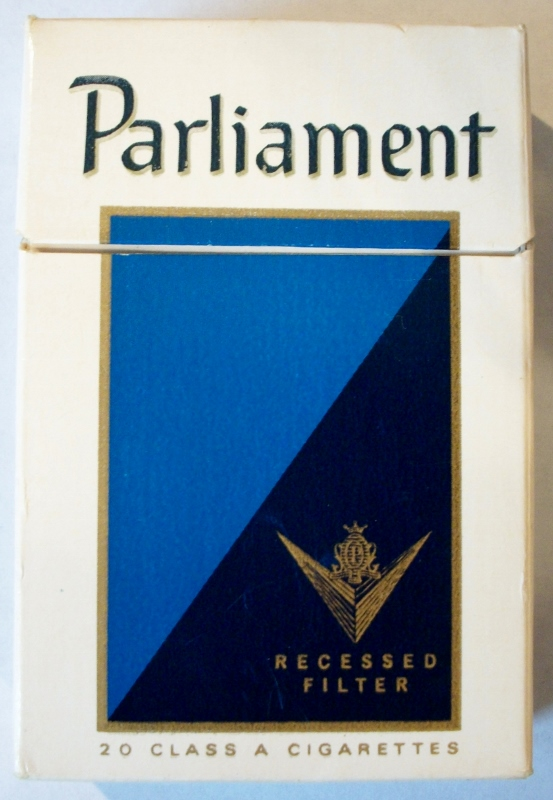 Parliament Recessed Filter box - vintage American Cigarette Pack