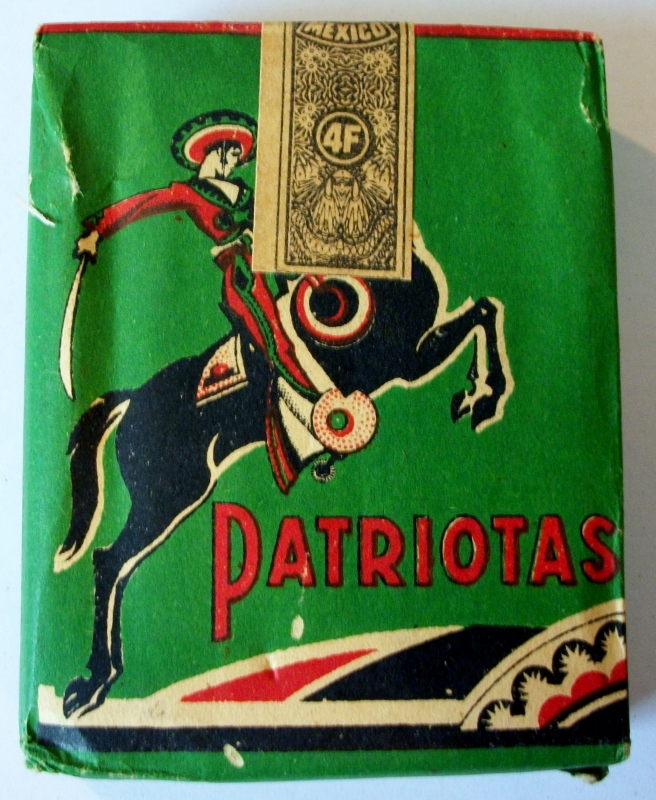 Patriotas, Papel Arroz 70mm - vintage Mexican Cigarette Pack
