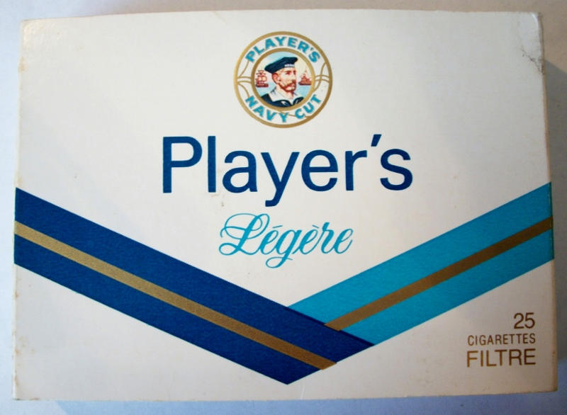 Player's Navy Cut Light, 25-pack 70mm - vintage Canadian Cigarette Pack