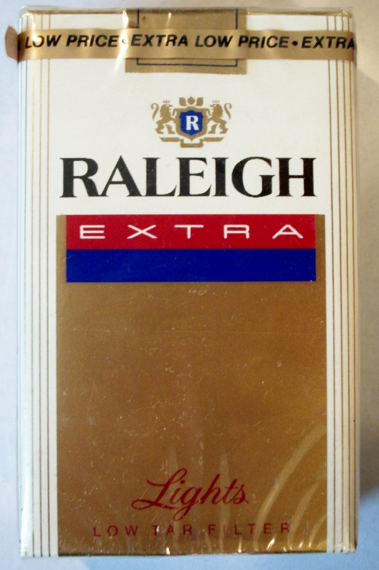 Raleigh Extra Lights King Size - vintage American Cigarette Pack