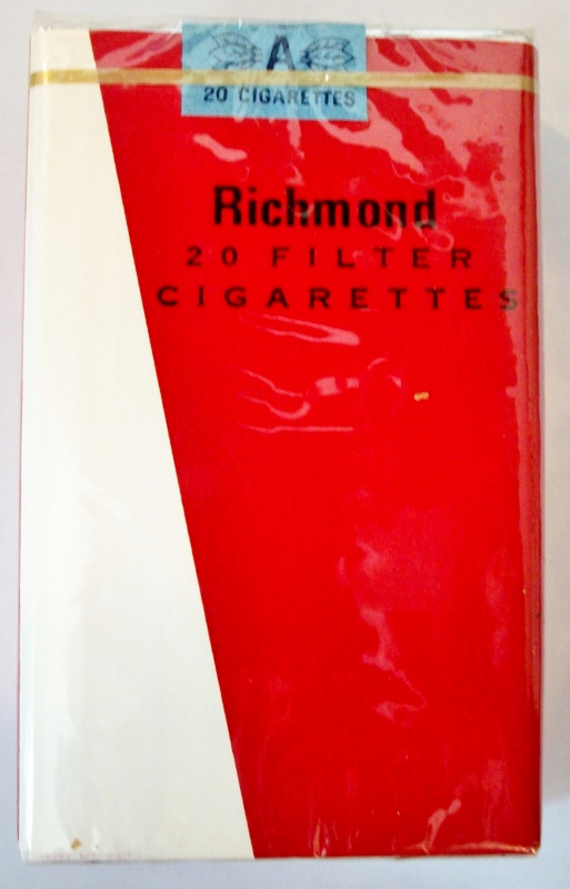 Richmond Filter, King Size - vintage Trademark Cigarette Pack