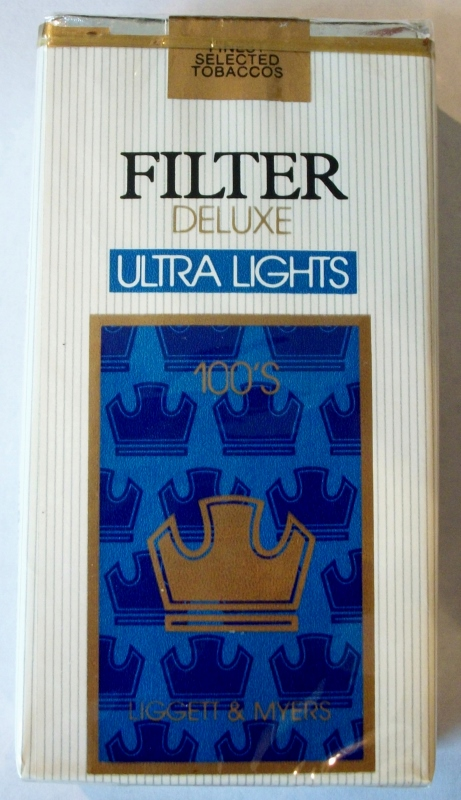 Liggett & Myers Filter Deluxe Ultra Lights 100's - vintage American Cigarette Pack