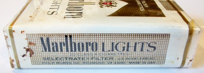 Cigarettes Marlboro made in California