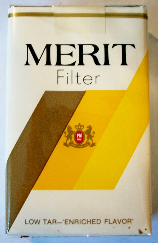Merit Filter, King Size - vintage American Cigarette Pack