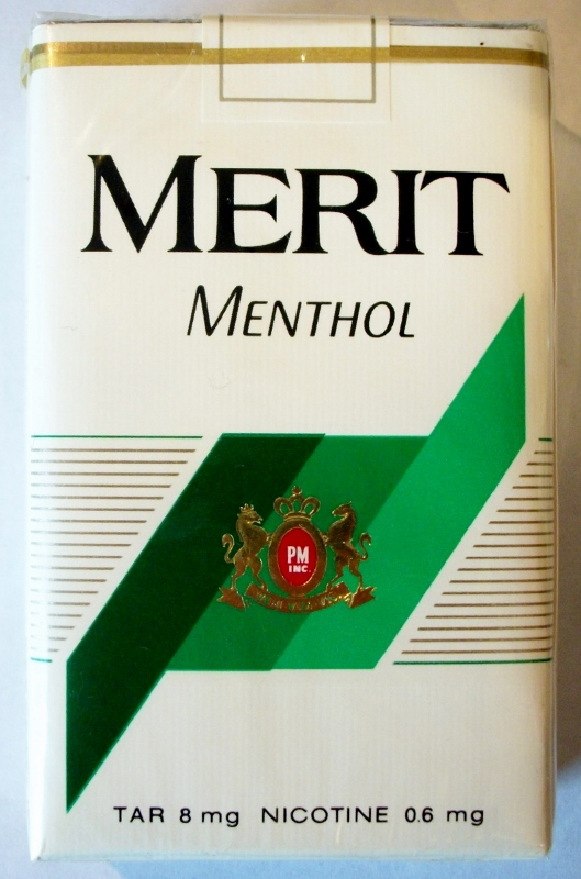 Merit Menthol Low Tar, King Size - vintage American Cigarette Pack