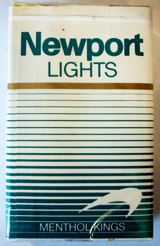 Newport Lights Menthol Kings - vintage American Cigarette Pack