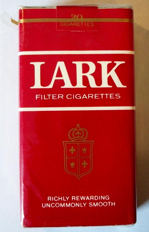 Lark Filter 100's - vintage American Cigarette Pack