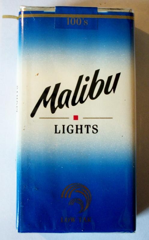 Malibu Lights Low Tar 100's - vintage American Cigarette Pack