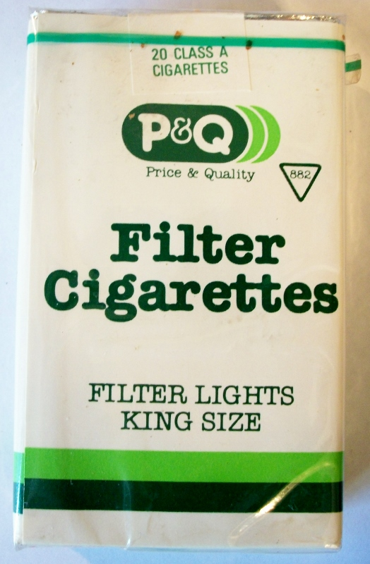 P&Q Filter Lights King Size - vintage American Cigarette Pack