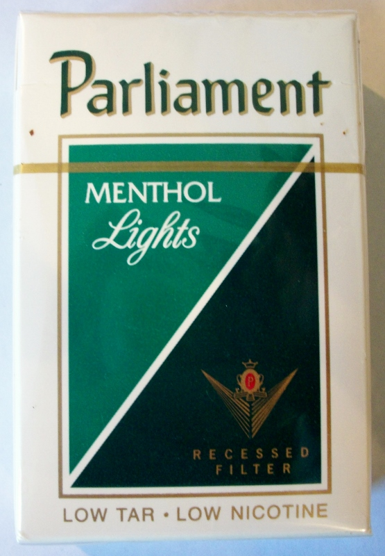 Parliament Menthol Lights Recessed Filter, King Size box - vintage American Cigarette Pack