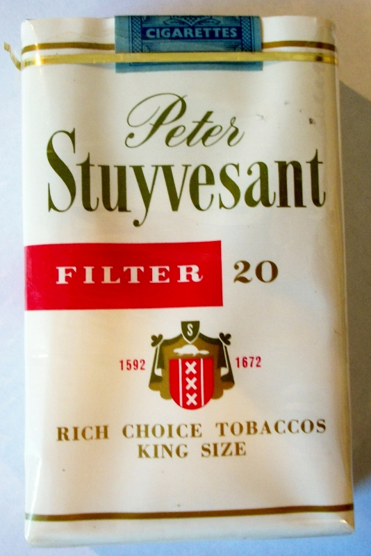 Peter Stuyvesant Filter, King Size - vintage British Cigarette Pack
