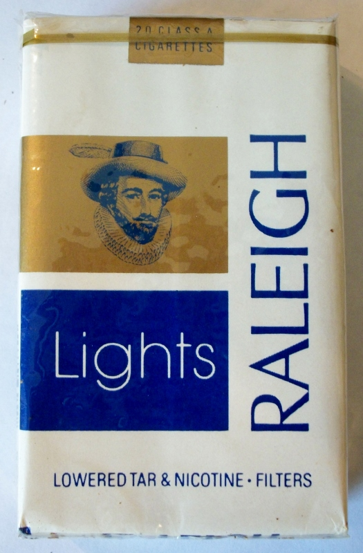 Raleigh Lights Filters, Kings - vintage American Cigarette Pack