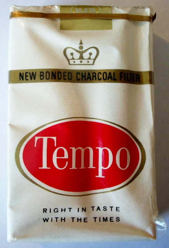 Tempo bonded charcoal filter - vintage American Cigarette Pack