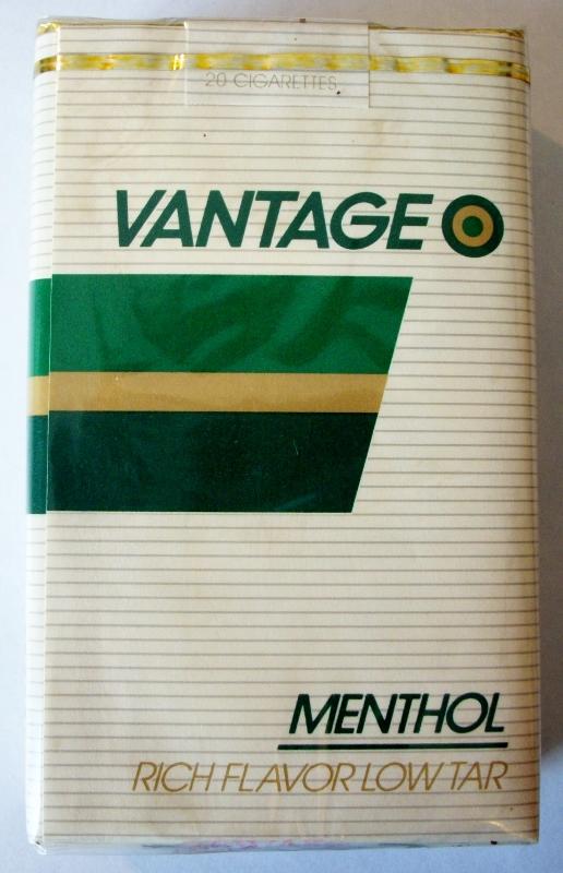 Vantage Menthol, Rich Flavor King Size - vintage American Cigarette Pack