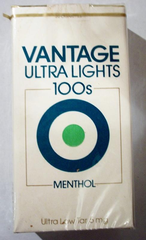 Vantage Ultra Lights 100's Menthol - vintage American Cigarette Pack