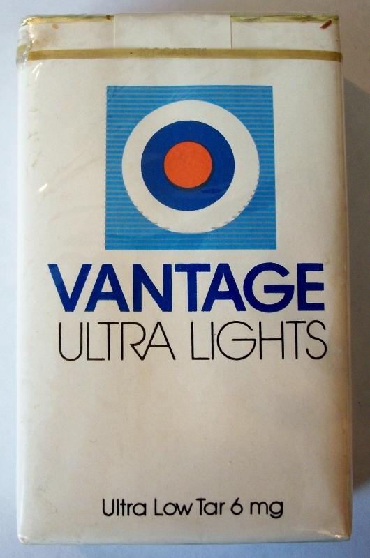Vantage Ultra Lights, king size - vintage American Cigarette Pack