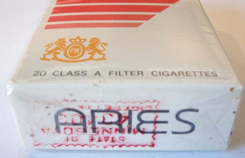 Aries filter box king size - vintage American Cigarette Pack  sc 1 st  Cigarette Collector : cigarette box size - Aboutintivar.Com
