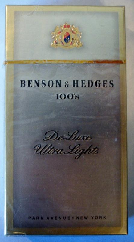 Benson & Hedges 100's DeLuxe Ultra Lights - vintage American Cigarette Pack