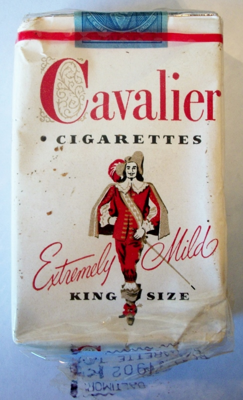 Cavalier Extremely Mild king size 1949 - vintage American Cigarette Pack