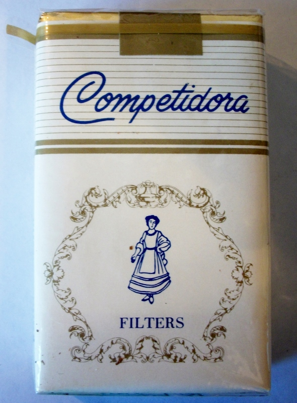 Competidora Filters king size - vintage American Cigarette Pack
