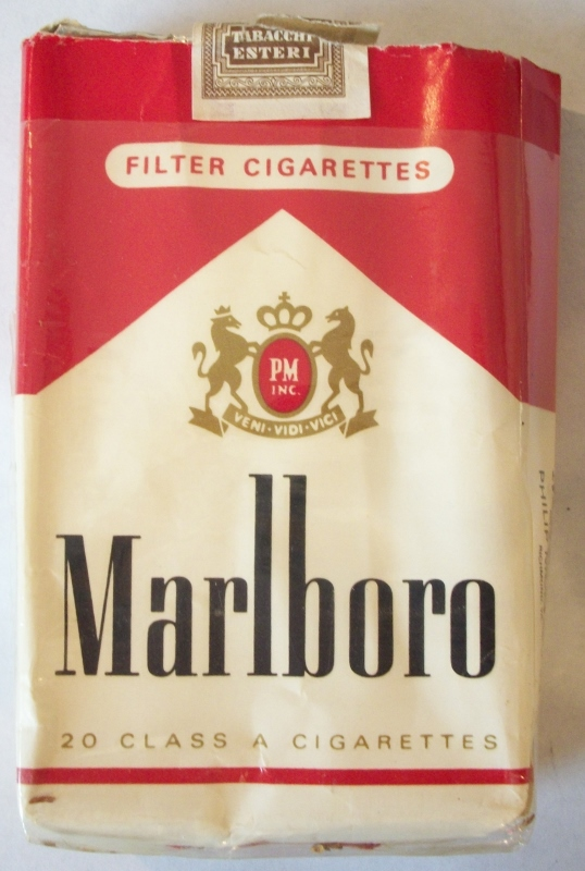 Marlboro Filter Kings - Vintage Italian Cigarette Pack
