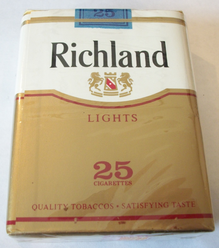 Richland Lights 25-Pack King Size - Vintage American Cigarette Pack